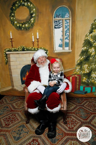 Pictures with Santa @Earthbound 12.1.2018-026.jpg
