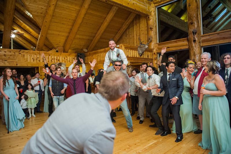 Jodi-petersen-wedding-672.jpg