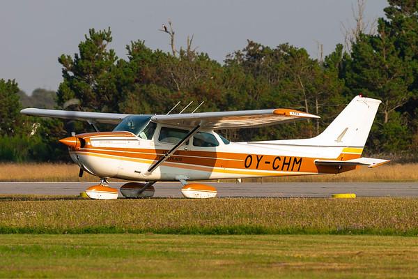 OY-CHM - Cessna 172N Skyhawk