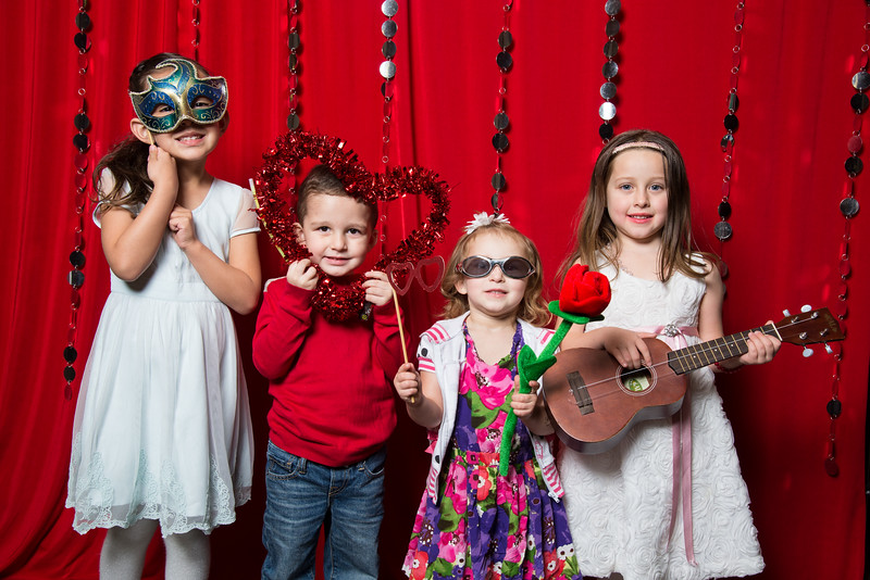 photo booth by Click Happy Productions-10.jpg