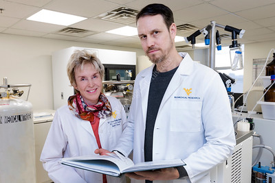 34120 Sarah Knox Tim Eubank Tumor Immunologist December 2017