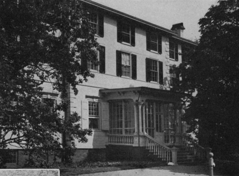 Liberty Hall, a 50 room mansion built by Governor William Livingston in 1772 and later occupied by the Kean family is currently a museum located on Morris Ave near the Elizabeth border.