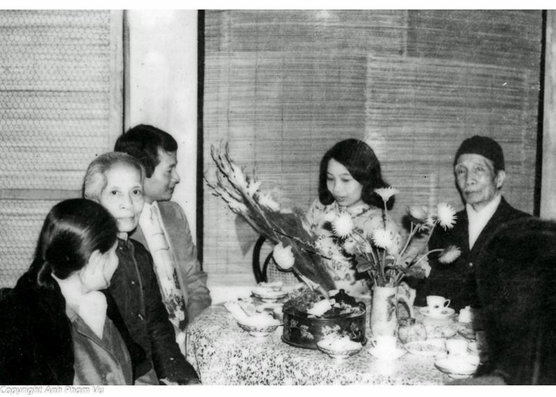 Wedding Parents 1979 04.jpg