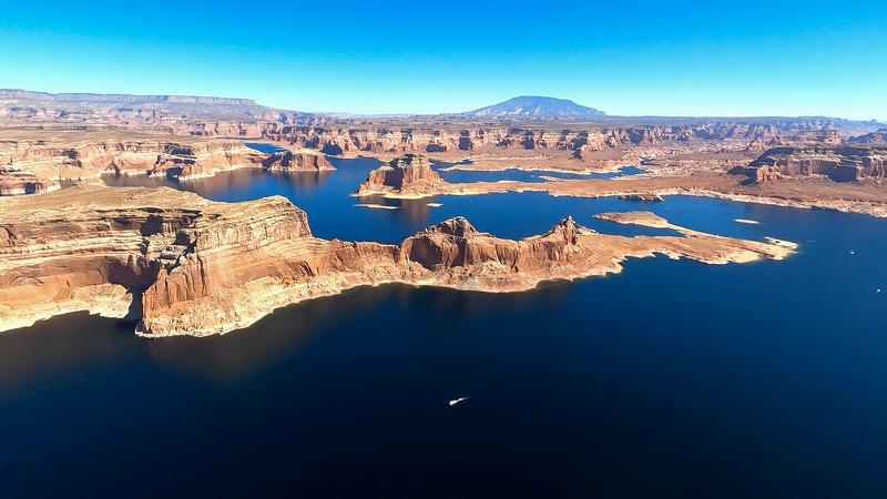 colorado-river-lake-powell-lighthawk-gopro8-card2-110.jpg