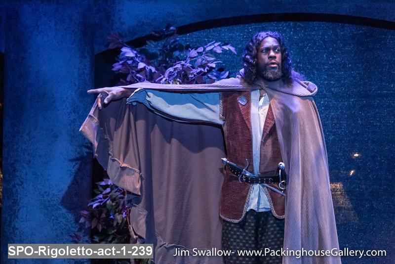 SPO-Rigoletto-act-1-239.jpg
