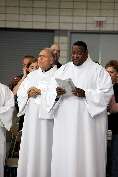 Assembly attendees participate in morning worship.