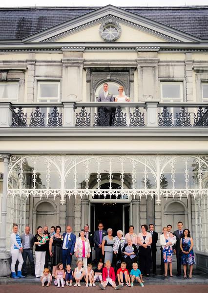 07_bruiloft monique en richard_familiefoto's (20 van 26).jpg