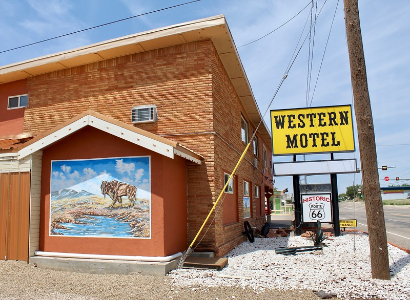 Western Motel on Route 66 (2018)