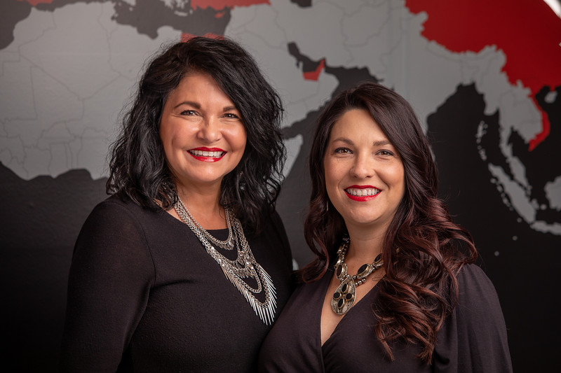 Nikki&Diana_web-1.jpg