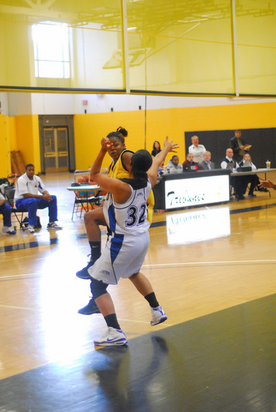 20091122_MCC Basketball_8784.JPG