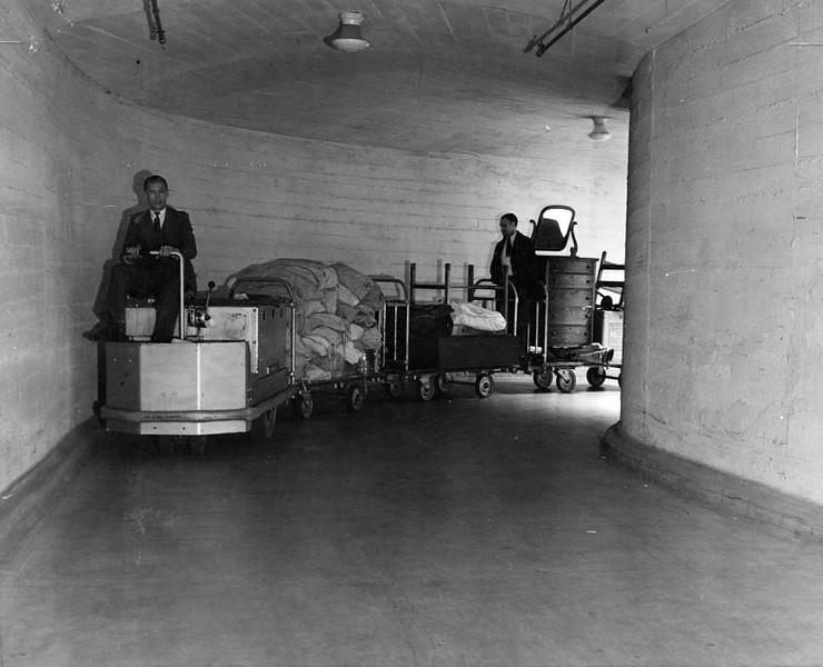 1934, Transporting Supplies