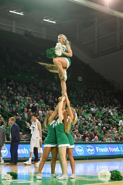 cheerleaders7780.jpg