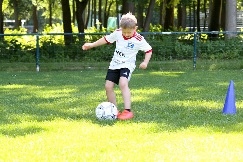 hsv_fussballschule-210_48048032242_o.jpg