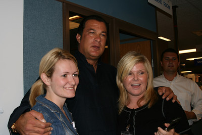 Steven Seagal visits the office - 09/07/2007