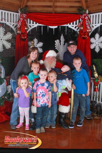 Santa 12-10-16-370.jpg