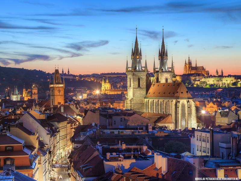 Prague-center-1600x1200.jpg