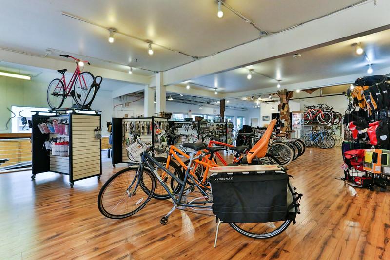 BikeCommuter-0840.jpg