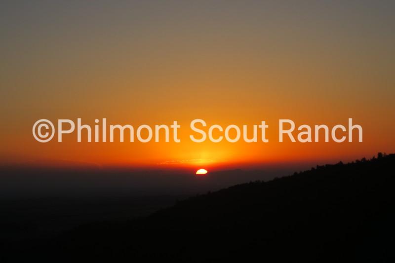 2014_Sunrise or Sunset_PatrickLynch_Sunrise Hike_Lovers Leap_700.JPG