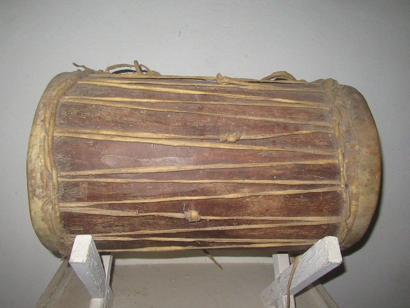 021_Banjul. Kachically Crocodile Poll and Museum. The Junjunba. The Chief's Drum. To announce royal or chiefty events or summons.JPG
