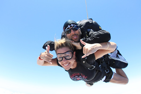 Sue-Ling's Skydive