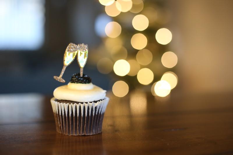 2019-12-31_NYE-Cupcake-4884.JPG