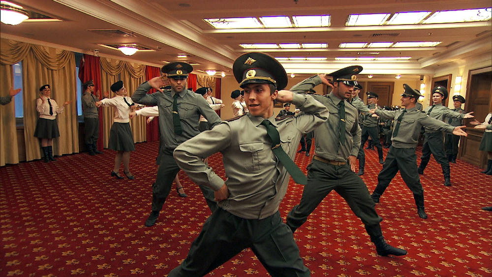 . We Was Robbed (Moscow, Russia) In Detour A, Chippendale Friends Jaymes (left) and James (right) must learn and perform a Russian solider dance in order to receive the next clue on THE AMAZING RACE on the CBS Television Network. Photo: CBS ©2012 CBS Broadcasting, Inc. All Rights Reserved