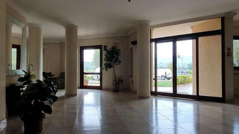 007 -  ROMA DOMUS HOTEL - LOBBY.jpg