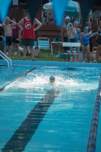 lcs_swimming_kevkramerphoto-053.jpg