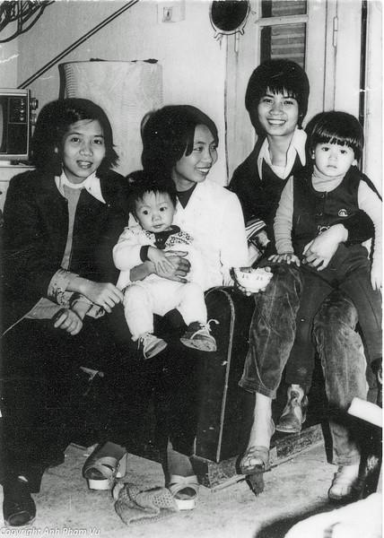 Vietnam 80s 07.jpg