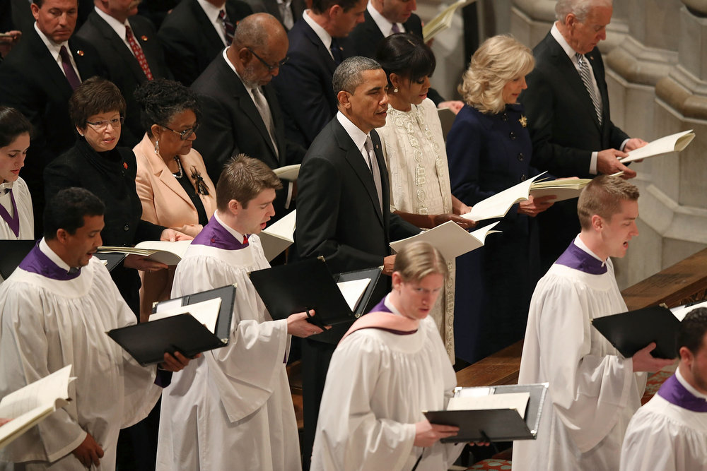 . U.S. President Barack Obama, first lady Michelle Obama, Dr. Jill Biden and Vice President Joseph Biden participate in the National Prayer Service at the National Cathedral, on January 22, 2013 in Washington, DC. President Obama was sworn in on January 20 for his second term as President of the United States.  (Photo by Mark Wilson/Getty Images)