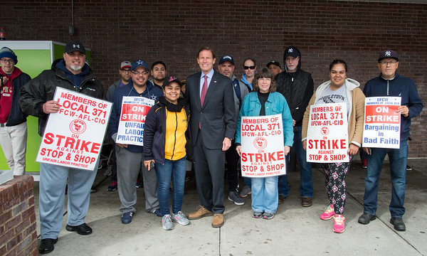 04/15/19 Wesley Bunnell | Staff Senator Richard Blumenthal visited area Stop & Shop Supermarkets on Monday afternoon speaking to striking workers on the importance of not just protecting their jobs but helping to uphold other jobs in the middle class. Senator Blumenthal poses with strikers.