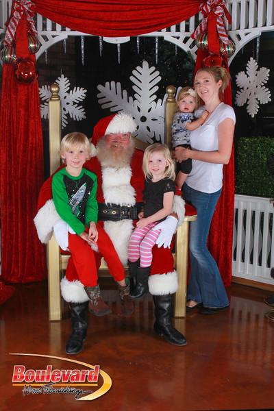 Santa 12-17-16-171.jpg