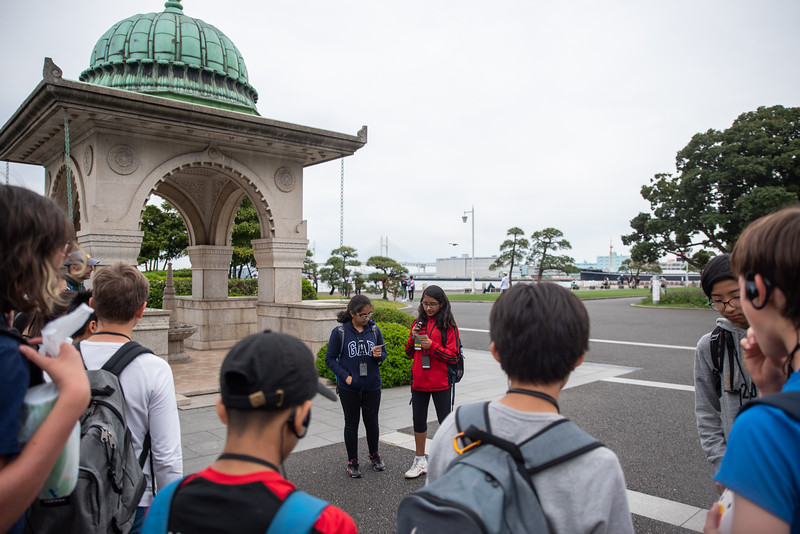 Grade 7-Walking Tour of Yokohama-ELP_0882-2018-19.jpg