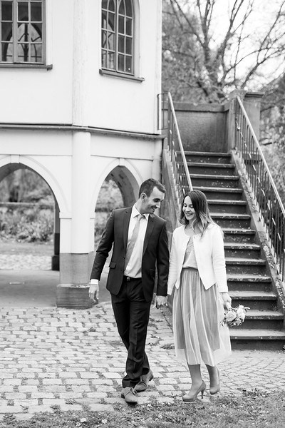 La Rici Photography - Intimate City Hall Wedding 166BW.jpg