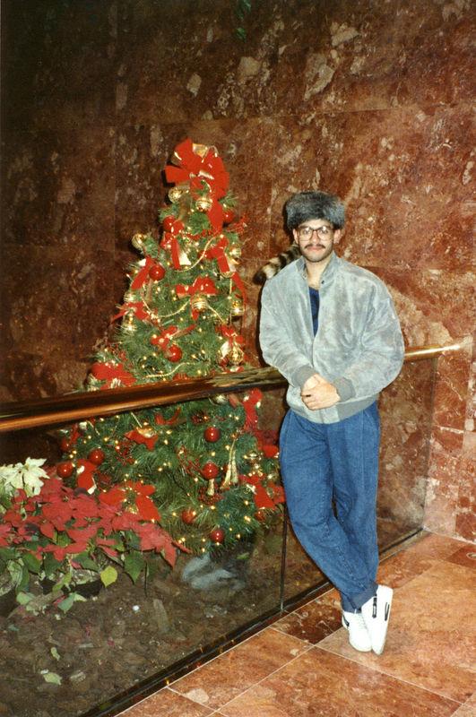 1988 12 10 - Sears Trip to NYC 019.jpg