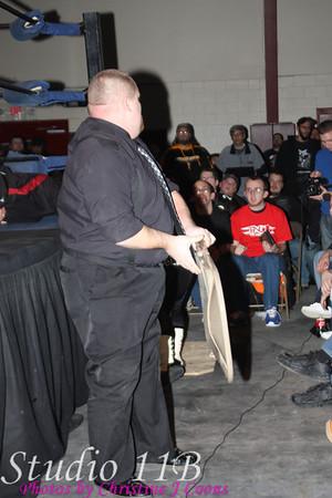 IWC 090124 - Gambino Brothers vs Hollywood Balds