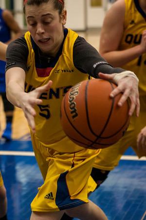 Women's Basketball - Queen's at Ryerson 20140215