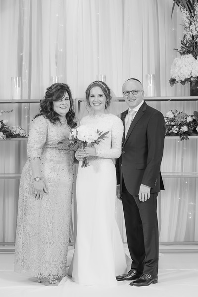 Miri_Chayim_Wedding_BW-223.jpg