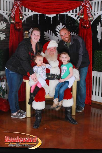 Santa 12-17-16-520.jpg