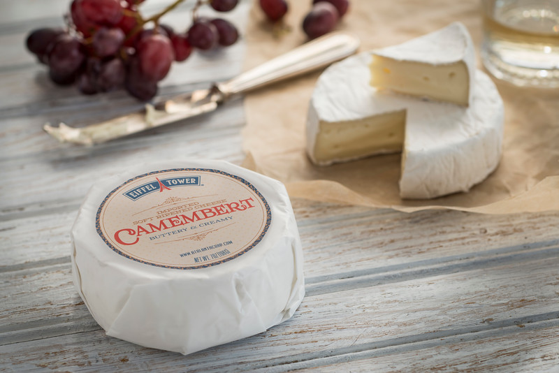 Camembert_7oz_With_Label_Horizontal_030.jpg