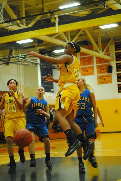 20100218_MCC Basketball_0583.JPG