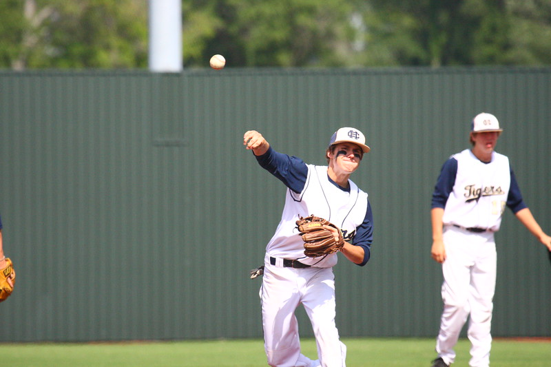 \\hcadmin\d$\Faculty\Home\slyons\HC Photo Folders\HC Baseball_State Playoffs_2012\20120513_199.JPG