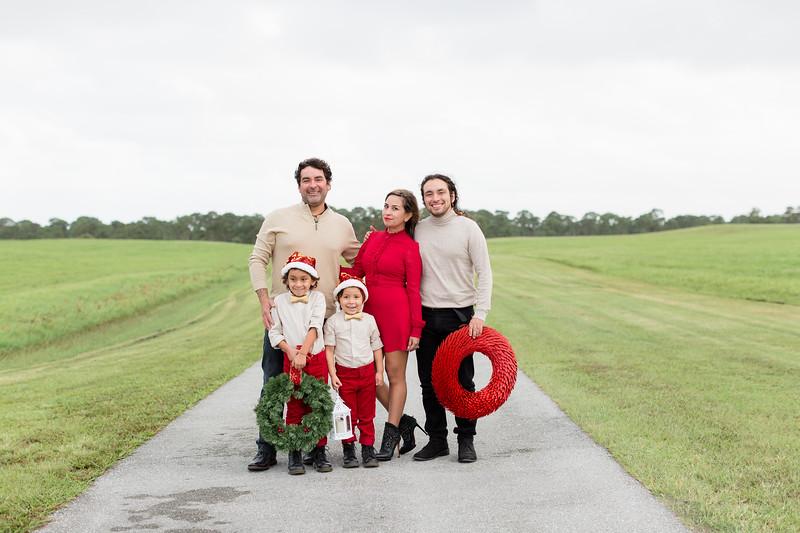 Augustin Family Holiday 2020-11.jpg
