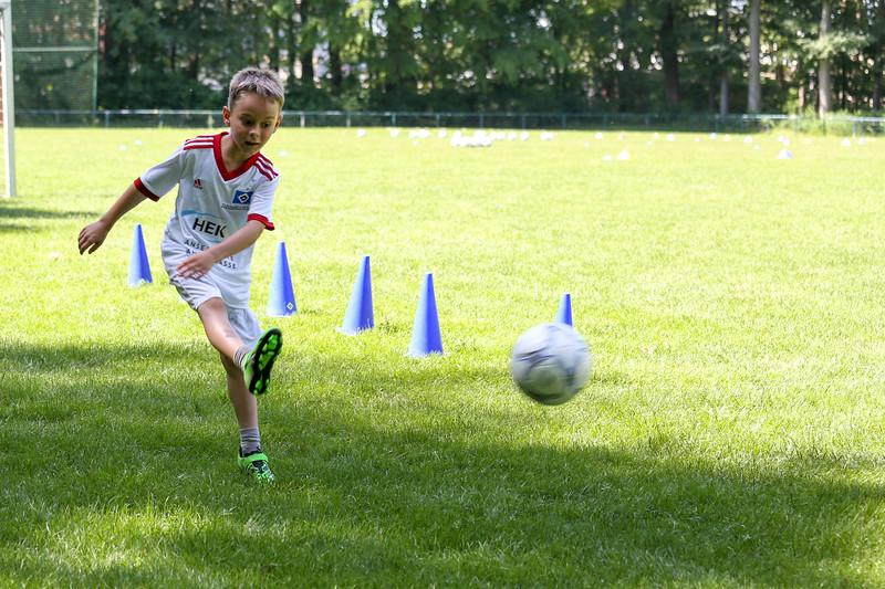 hsv_fussballschule-355_48047995813_o.jpg