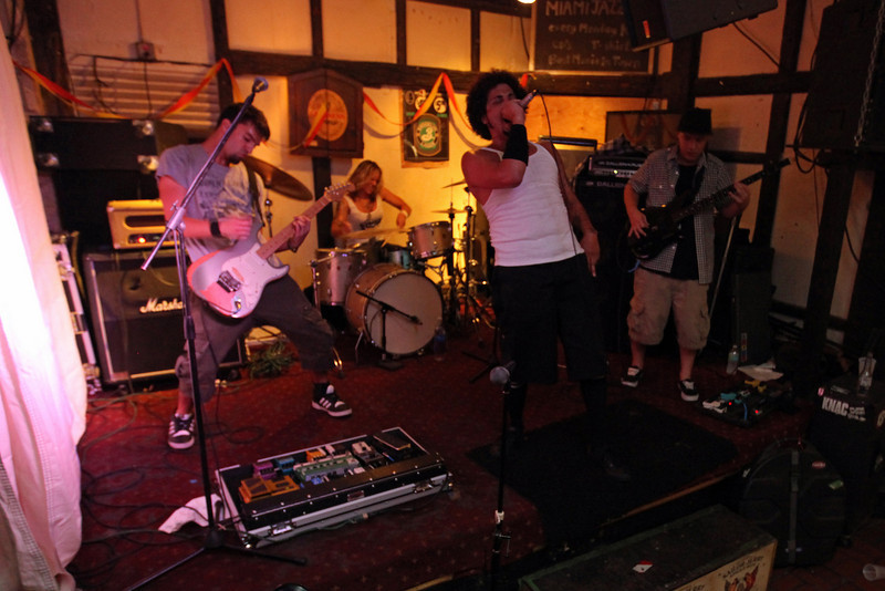 G2 Hialeah Fest 2010 (308).JPG