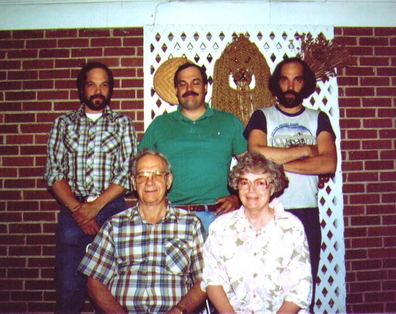 Dave,Mike,Dan,Wayne & Bonnie  02.jpg