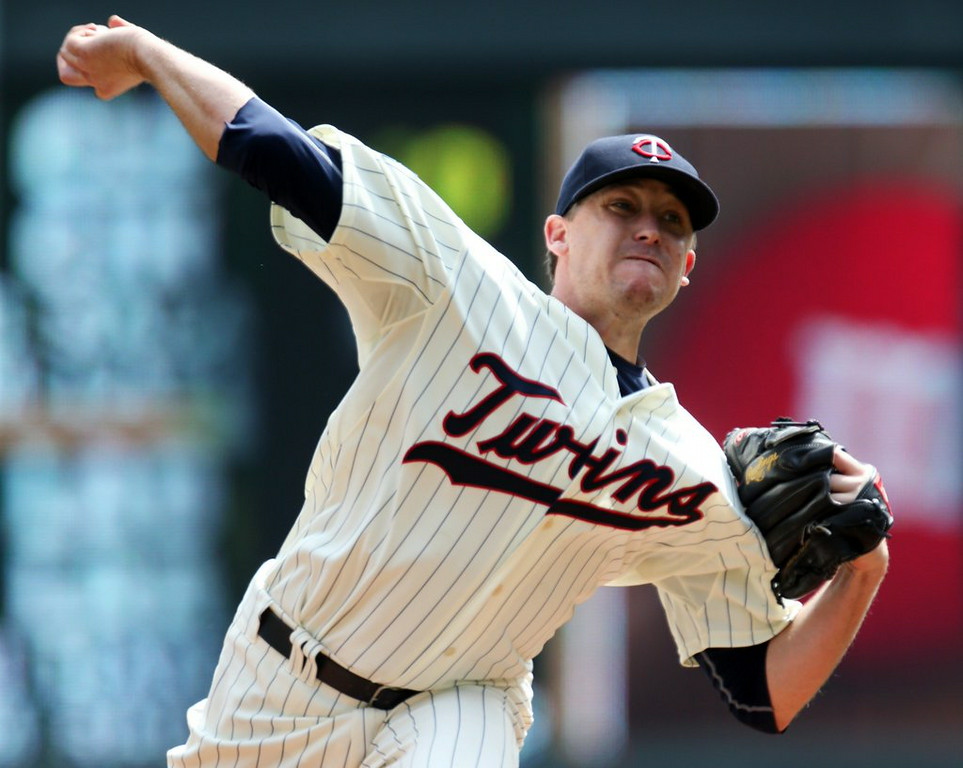 """. 9. KEVIN CORREIA <p>Went 14-26 in two years as a Twin after signing $10 million contract. And that was one of their BETTER deals? (unranked) </p><p><b><a href=\""""http://www.twincities.com/twins/ci_26310174/twins-trade-kevin-correia-dodgers\"""" target=\""""_blank\""""> LINK </a></b> </p><p>    (AP Photo/Jim Mone)</p>"""