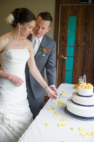 bap_schwarb-wedding_20140906152549_D3S1598