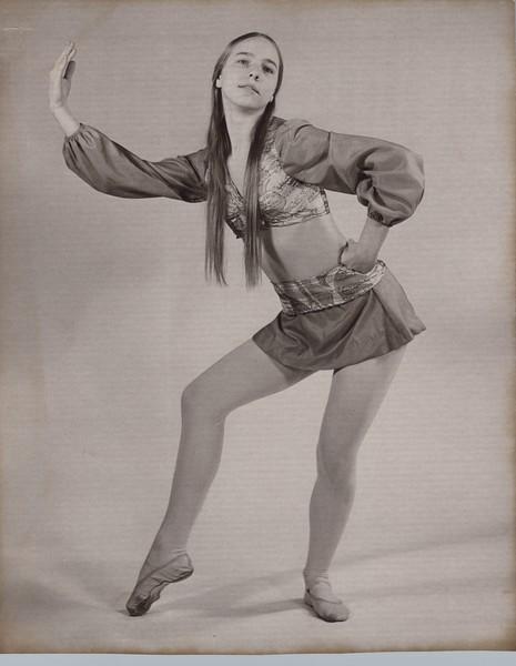 Dance_1240.jpg