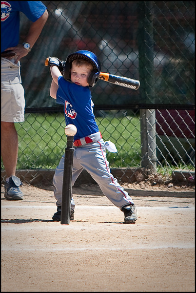 09Apr_teeball_509.jpg